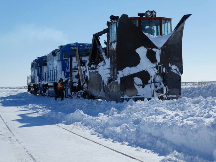 atrainRR-Train-Snowplow