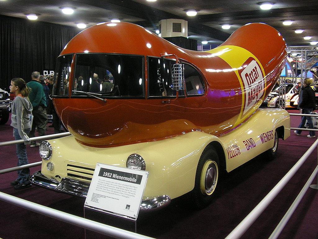 Wienermobile-NAIAS-2005