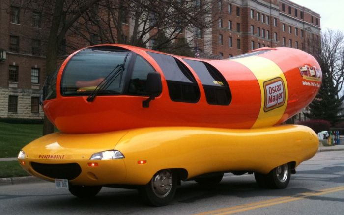 Wienermobile_OURDOG_plate