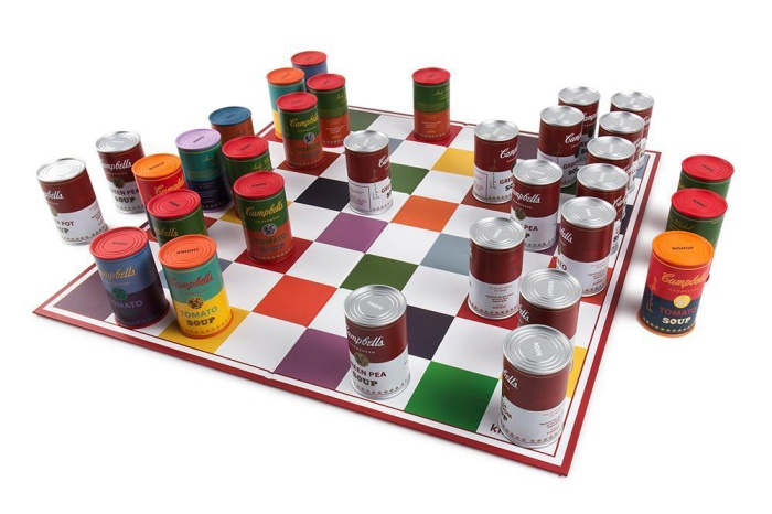 andy-warhol-campbells-soup-can-chess-set-06