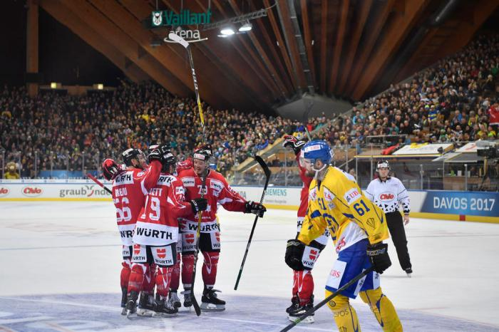 EISHOCKEY SPENGLER CUP 2017 TEAM CANADA DAVOS