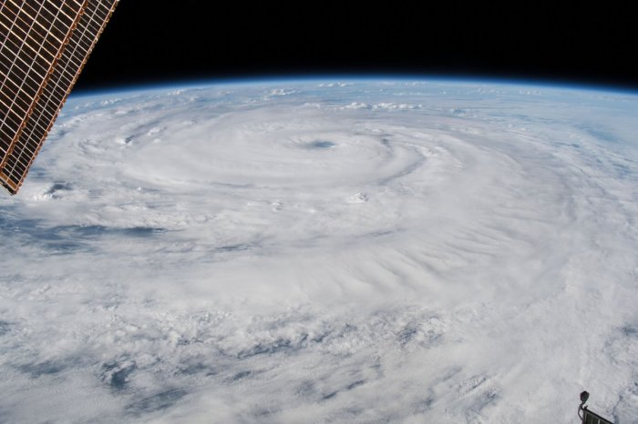 hurricane8