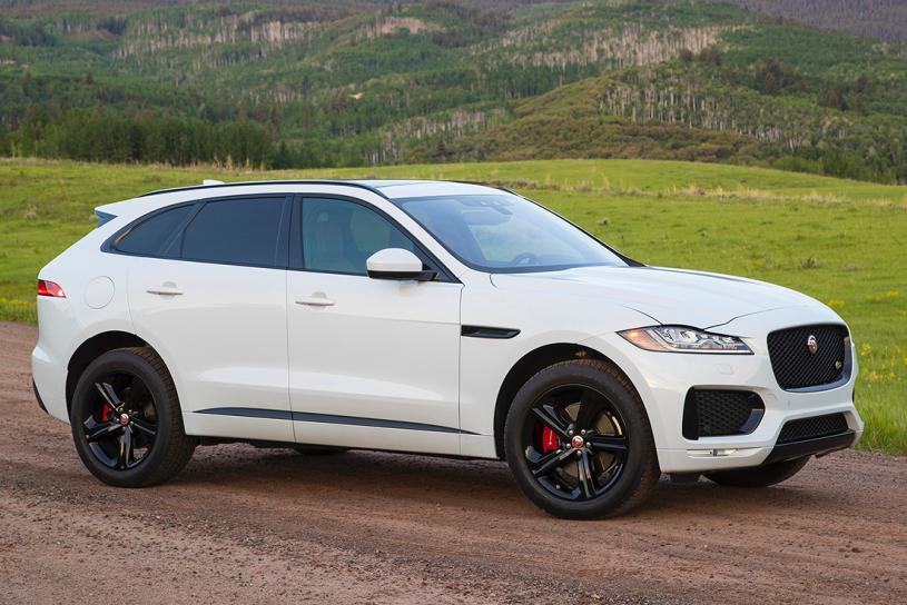 jag2018-jaguar-f-pace-white-front-quarter